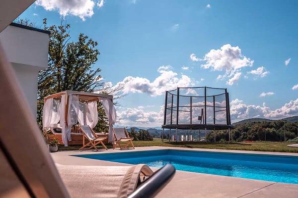 Above-ground trampolines - Akrobat